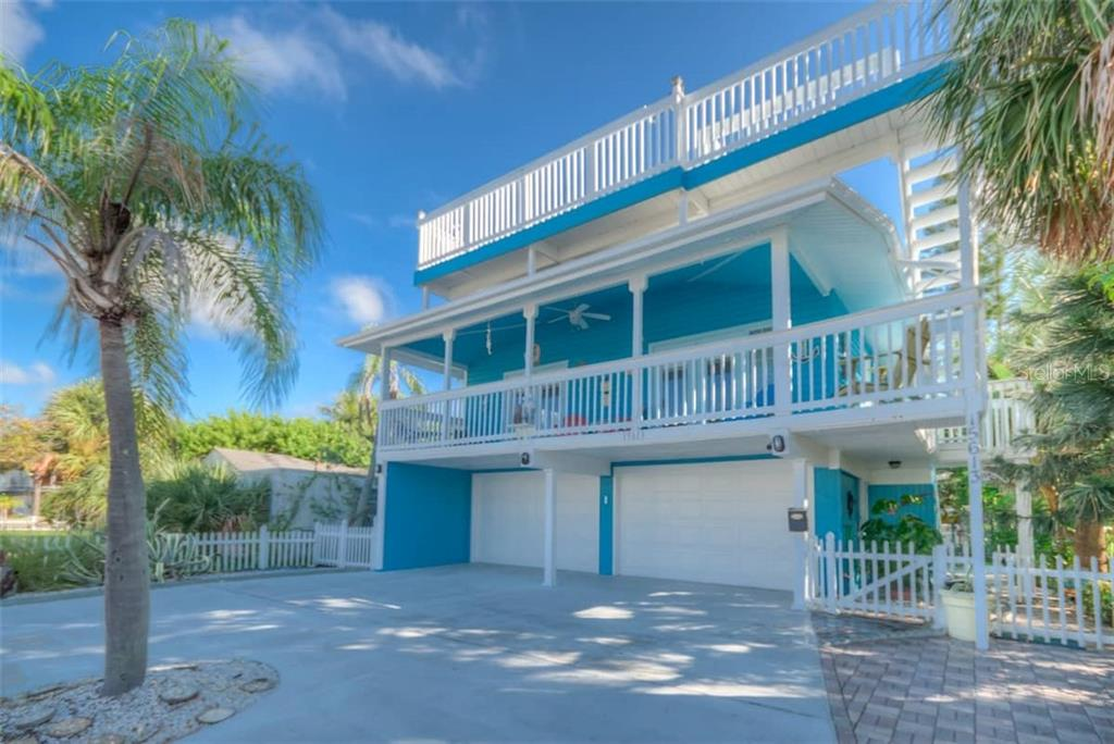 15613 GULF BOULEVARD Property Photo - REDINGTON BEACH, FL real estate listing