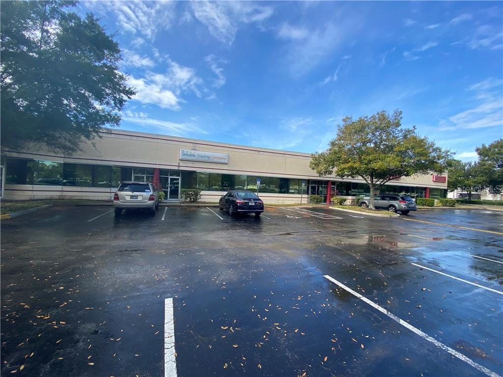 7751 Kingspointe Parkway #105 Property Photo