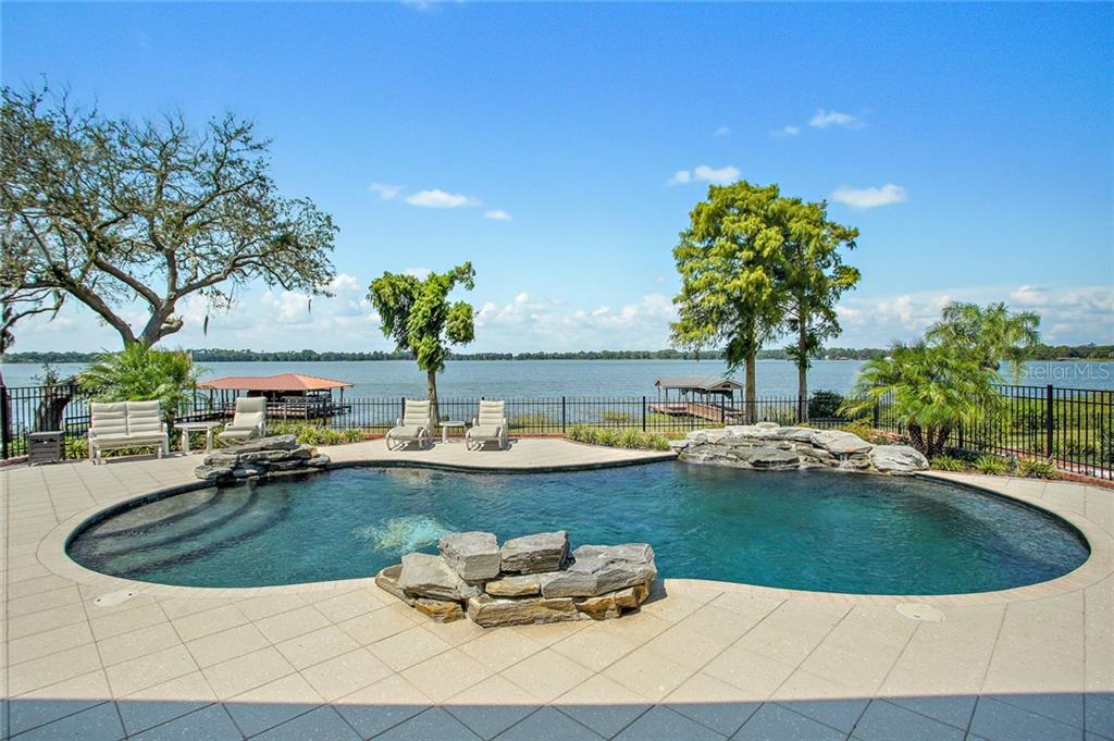 4788 LAKE CARLTON DRIVE Property Photo - MOUNT DORA, FL real estate listing