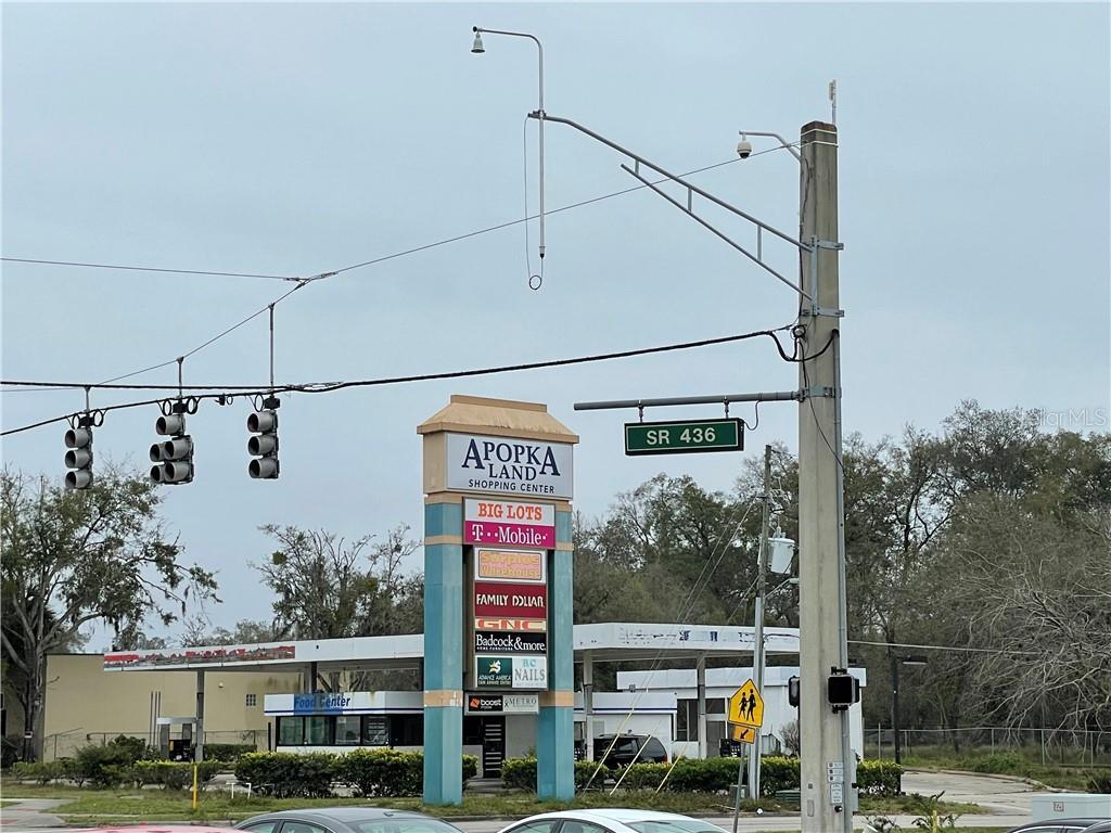 1220 E Semoran Boulevard Property Photo