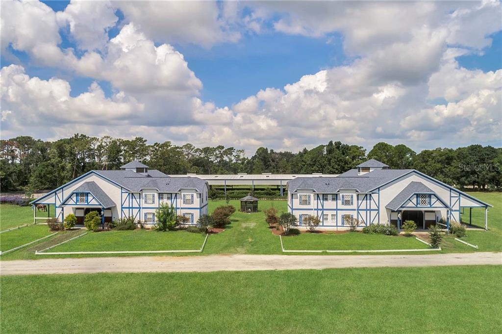 2121 Dressage Cove Property Photo