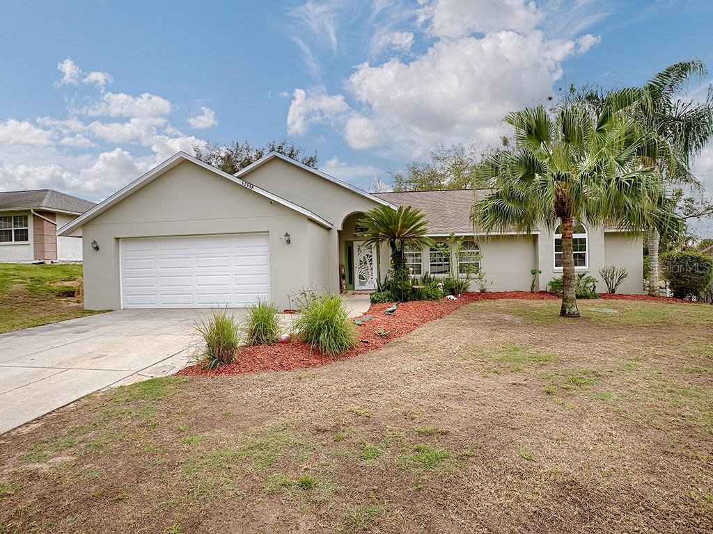 12338 WEDGEFIELD DRIVE Property Photo - GRAND ISLAND, FL real estate listing