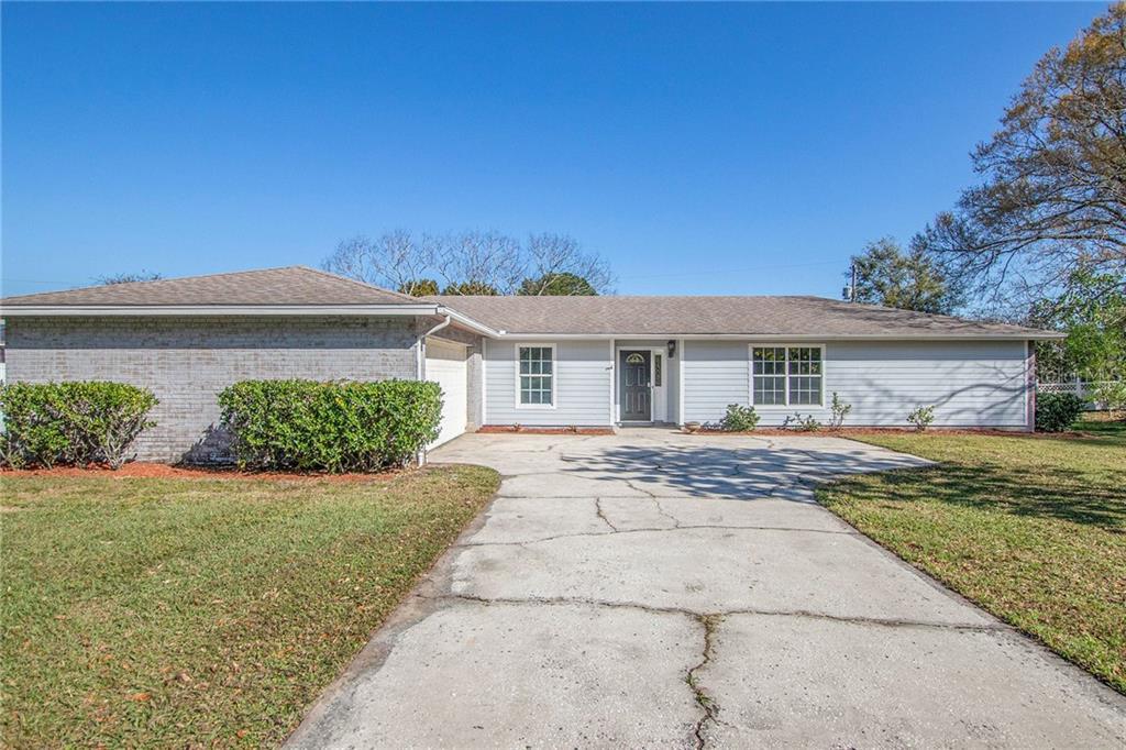 2414 ROSLYN LANE Property Photo - LAKELAND, FL real estate listing