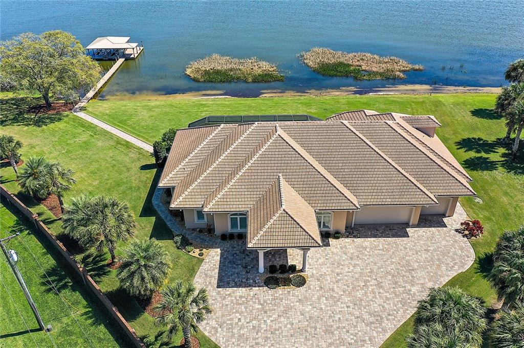 3200 LAKESHORE DRIVE Property Photo - MOUNT DORA, FL real estate listing