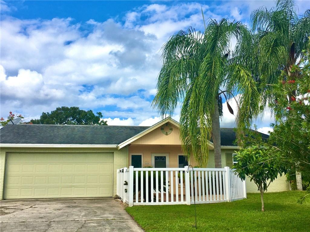 1628 JUNO TRAIL Property Photo - ASTOR, FL real estate listing