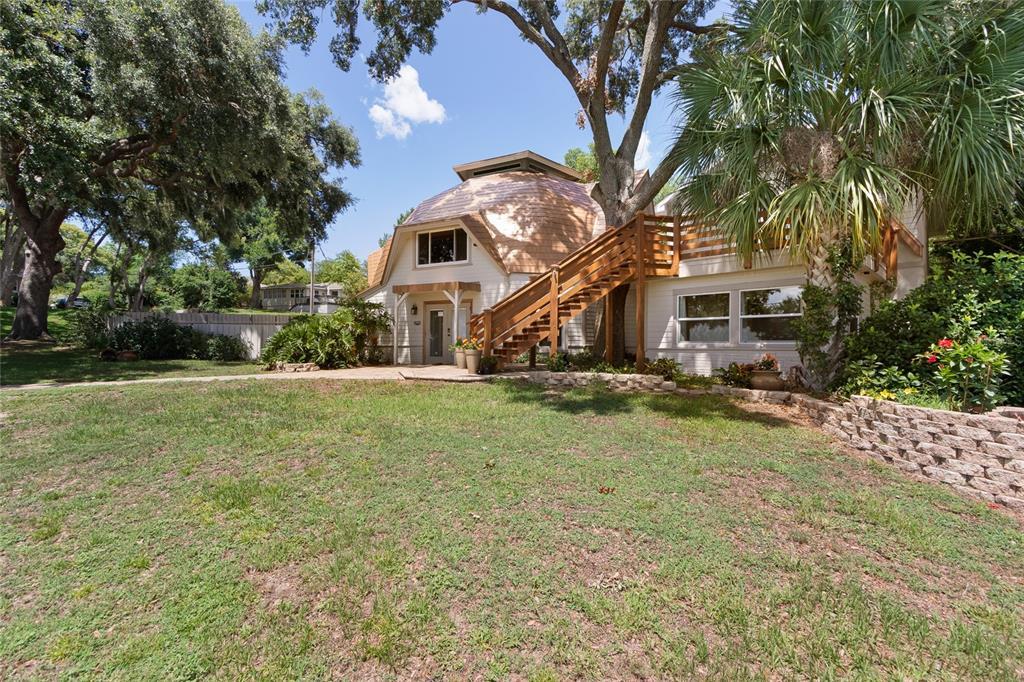 12848 Lakeshore Drive Property Photo 1