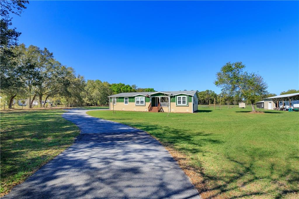 5670 CR 577 Property Photo - CENTER HILL, FL real estate listing