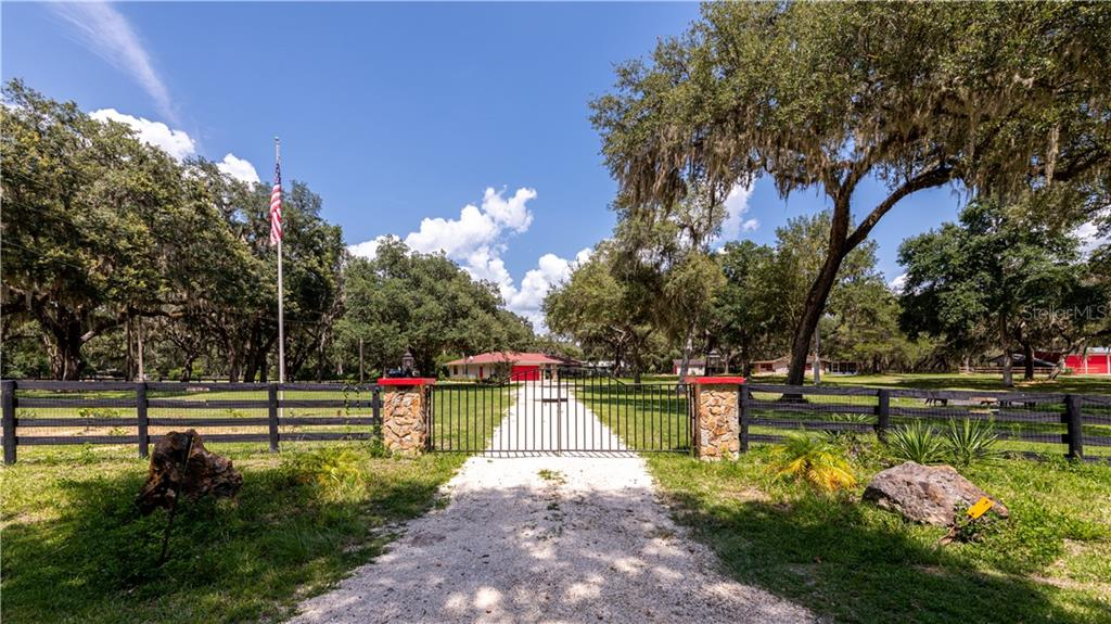 18253 NW 20TH AVENUE Property Photo - CITRA, FL real estate listing