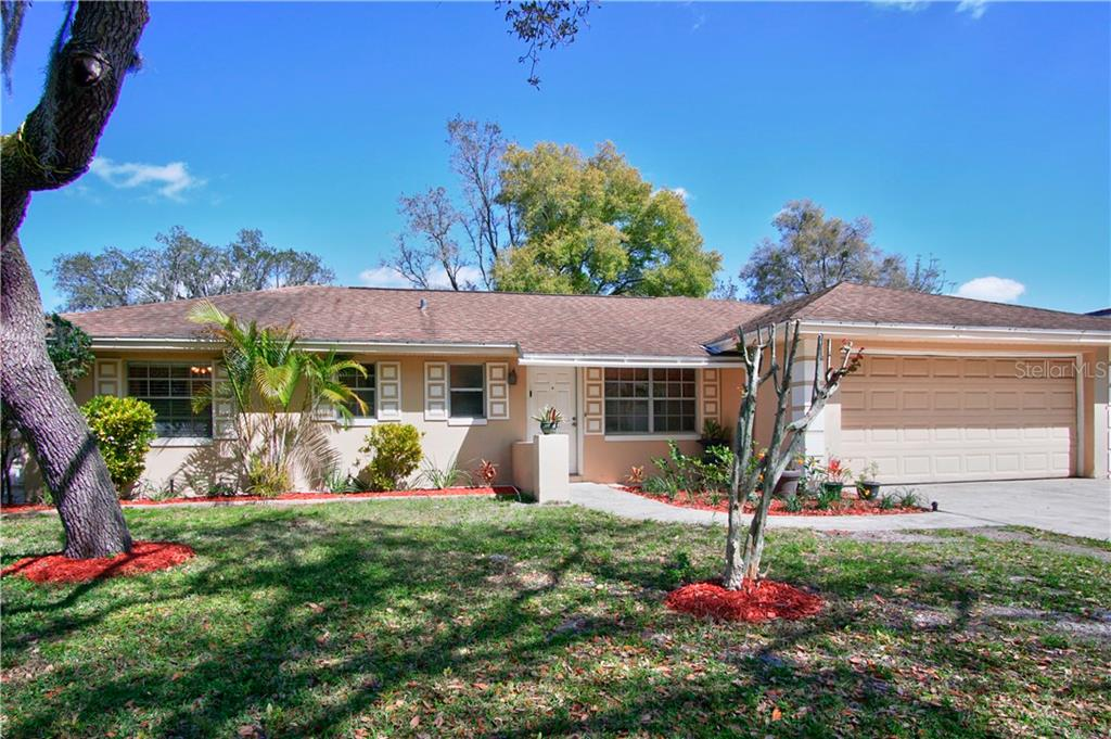 O5929307 Property Photo