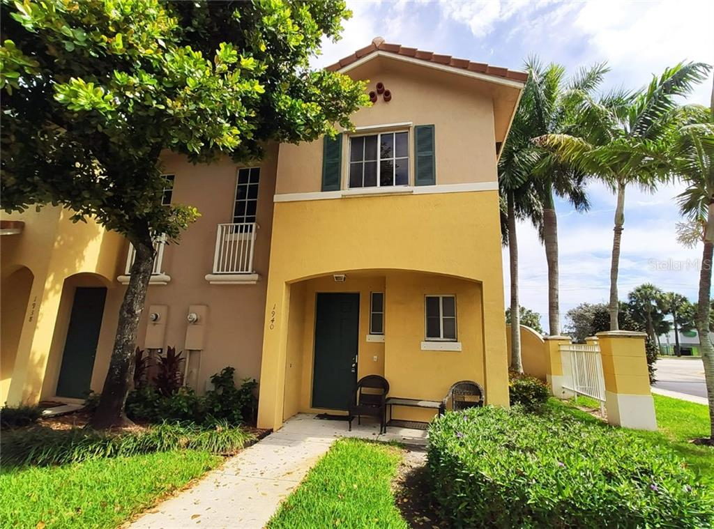 1940 SW 60TH AVENUE Property Photo - NORTH LAUDERDALE, FL real estate listing