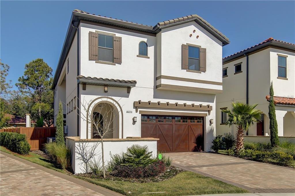 8370 Via Vittoria Way Property Photo