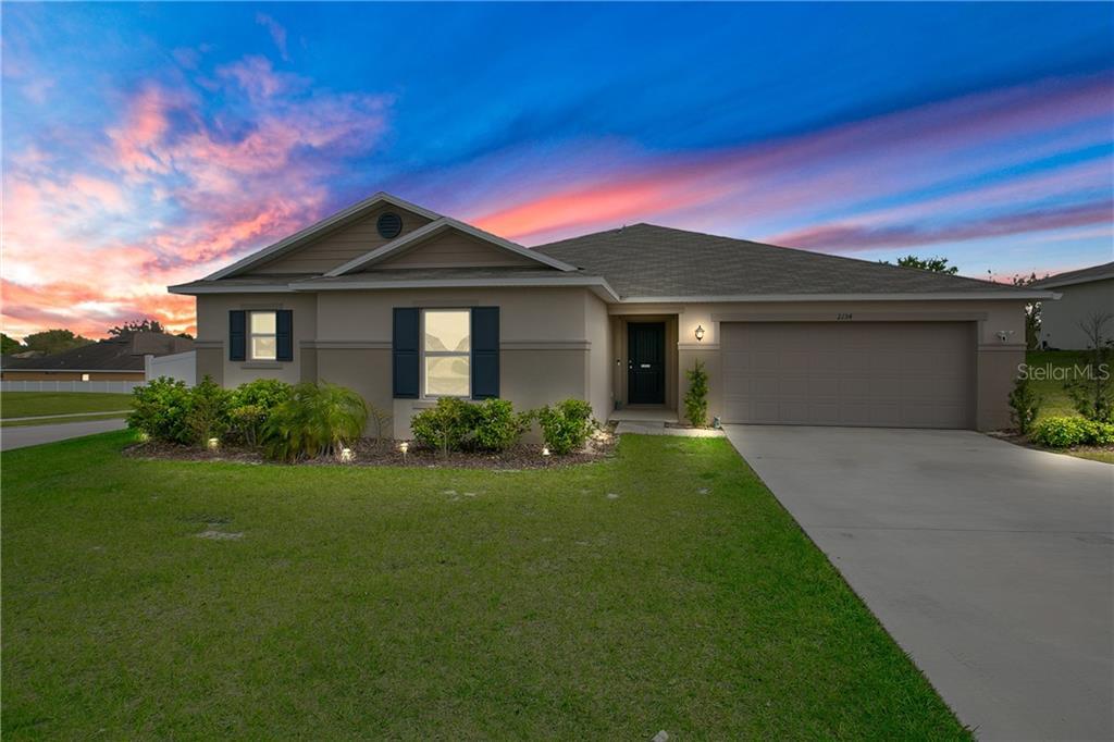 2134 FICUS STREET Property Photo - MASCOTTE, FL real estate listing