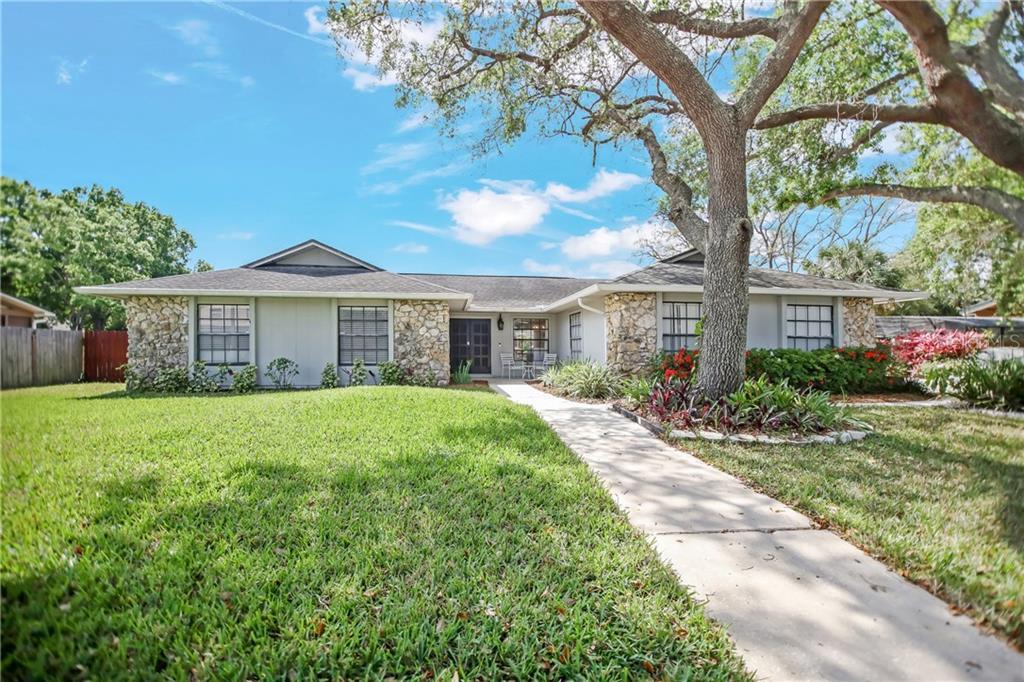 1724 WIND DRIFT ROAD Property Photo - BELLE ISLE, FL real estate listing