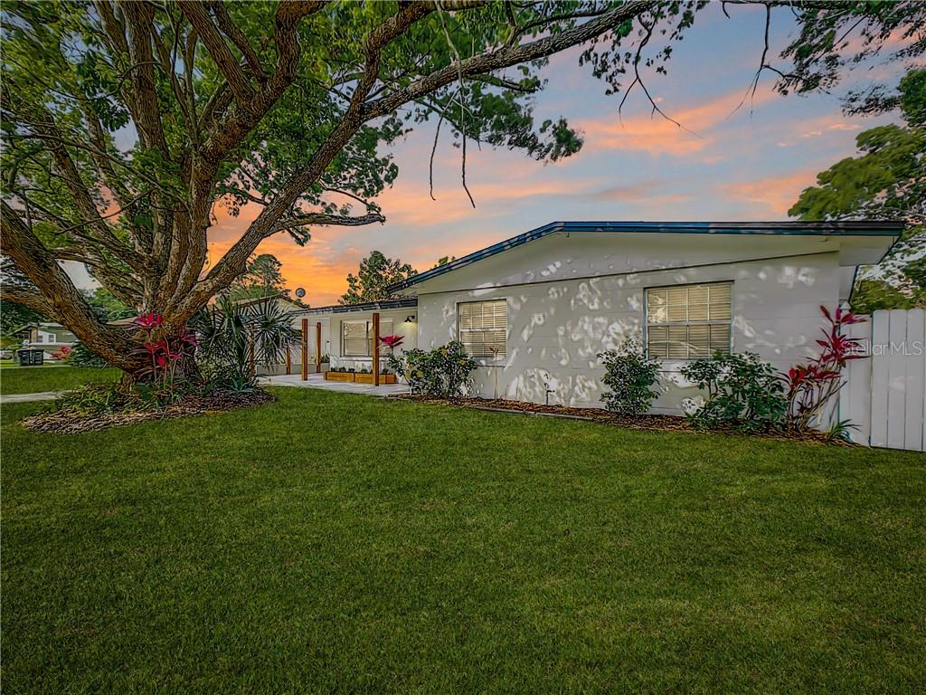 729 ELLENDALE DRIVE Property Photo - WINTER PARK, FL real estate listing