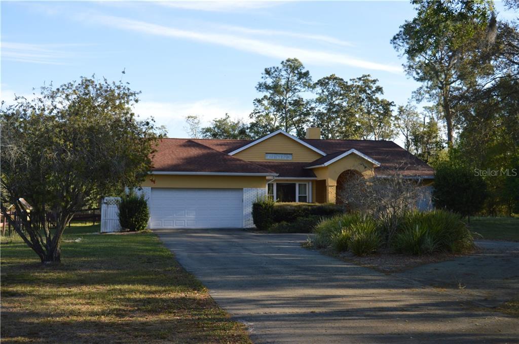 28711 LINDENHURST DRIVE Property Photo - WESLEY CHAPEL, FL real estate listing