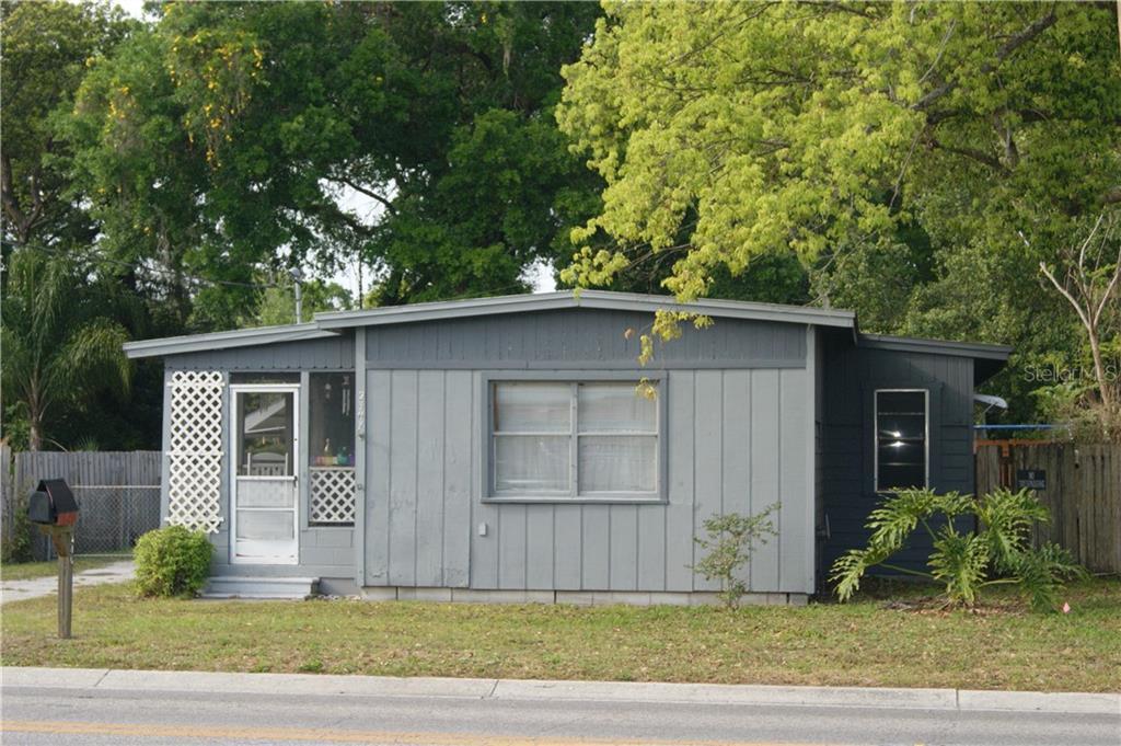 2307 E Kaley Avenue Property Photo