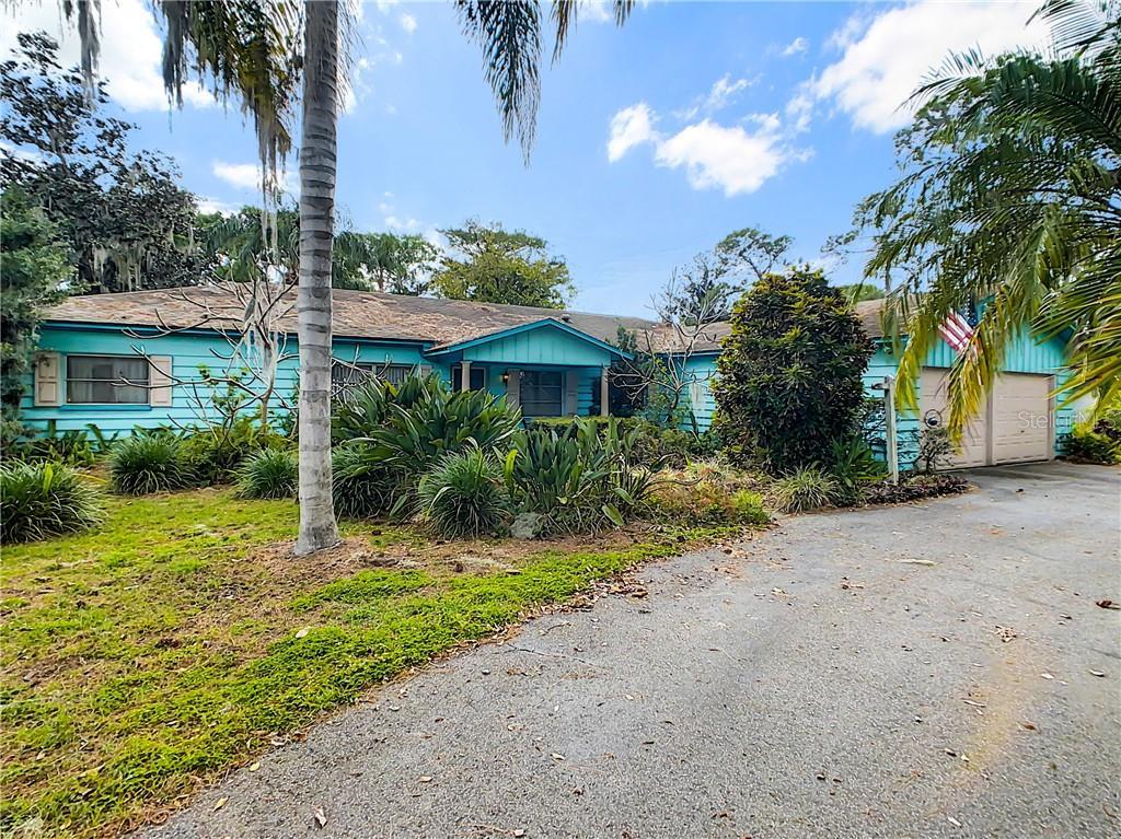 33329 LAKESHORE DRIVE Property Photo - TAVARES, FL real estate listing