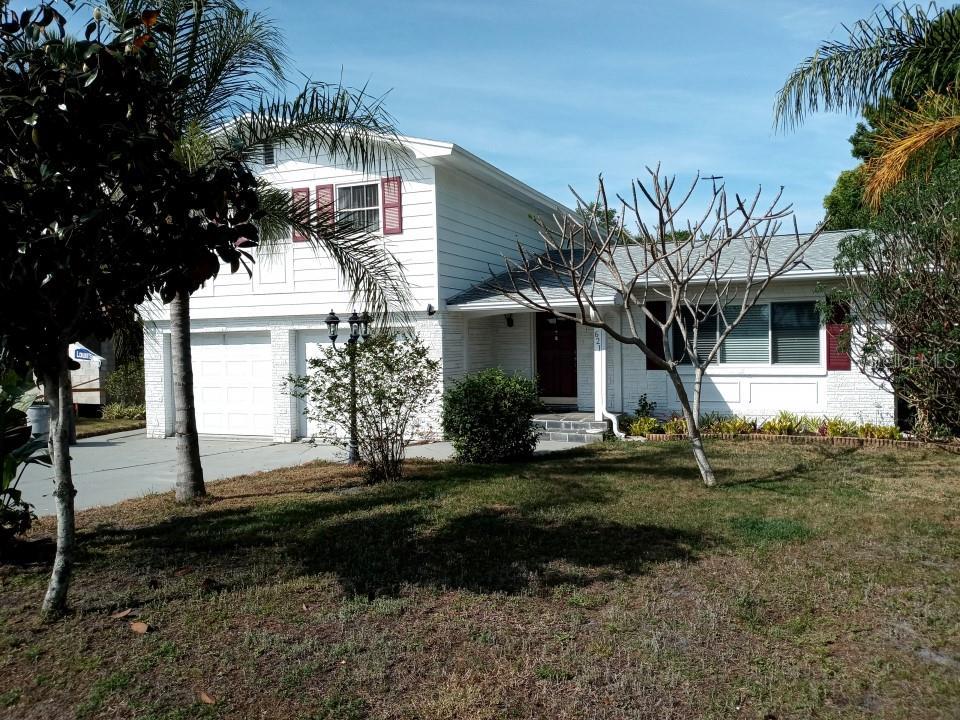 621 Bayshore Drive Property Photo