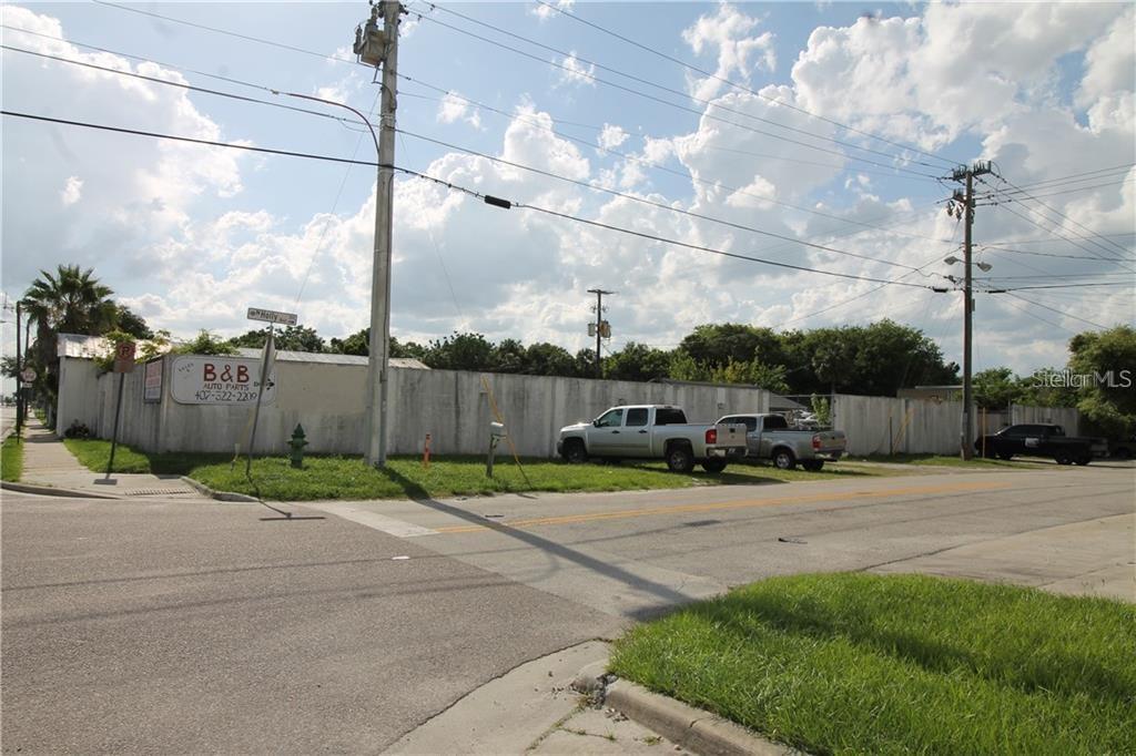 810 W 1ST STREET Property Photo - SANFORD, FL real estate listing