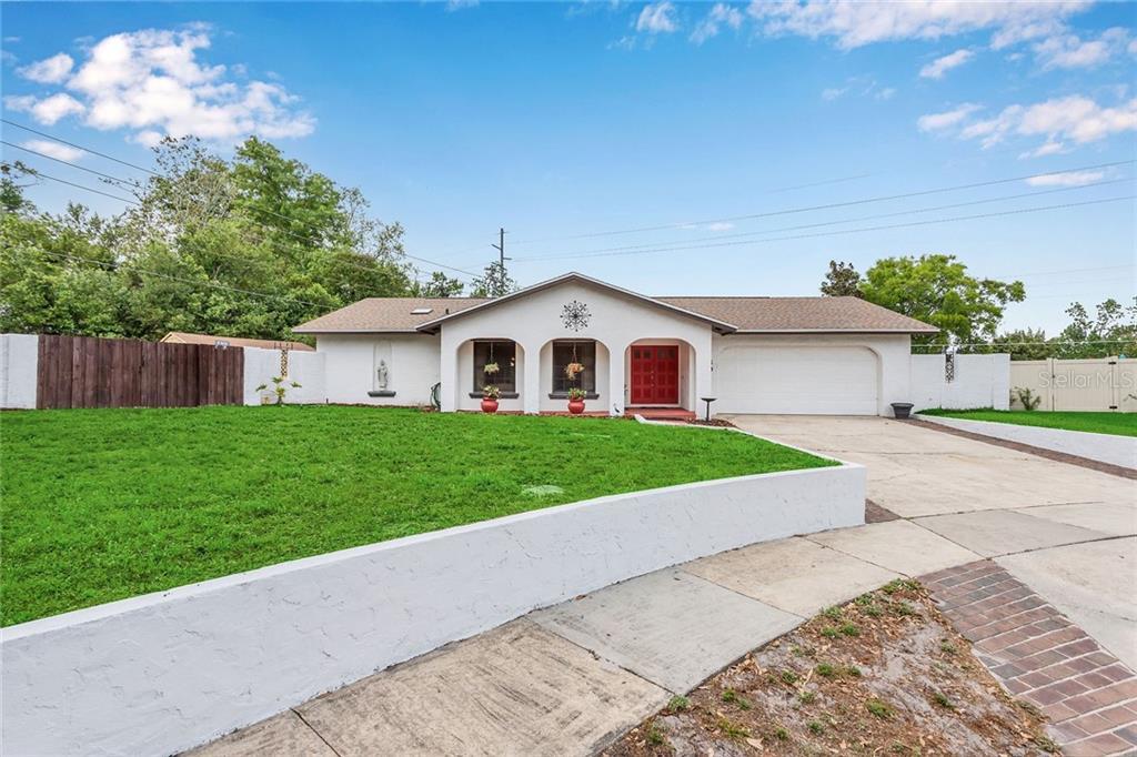 301 Oak Hill Drive Property Photo