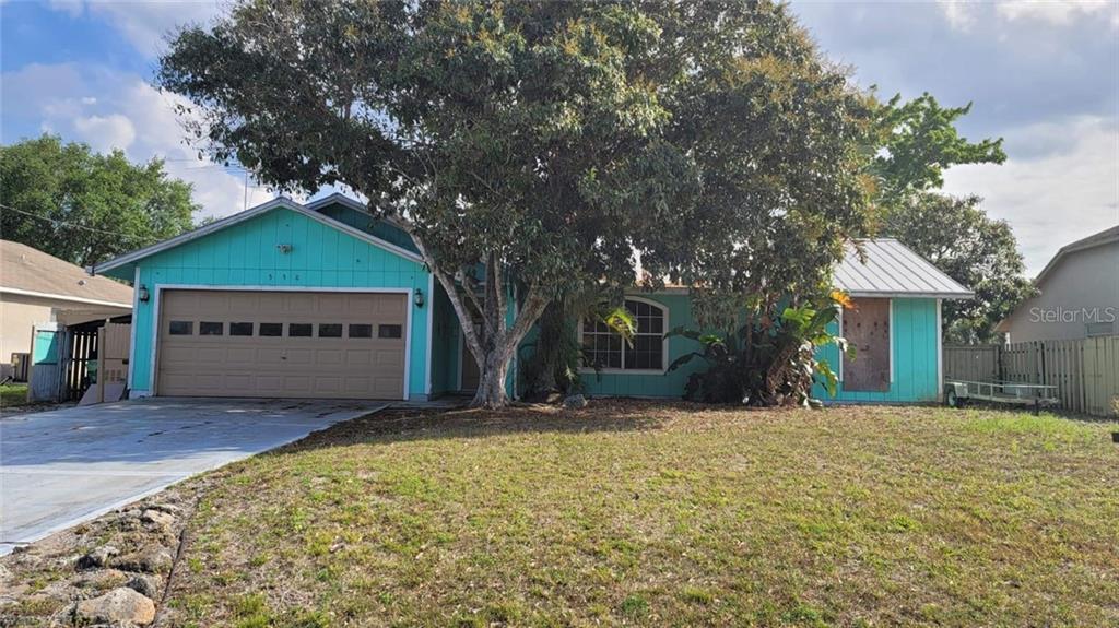 550 Sw Lacroix Avenue Property Photo