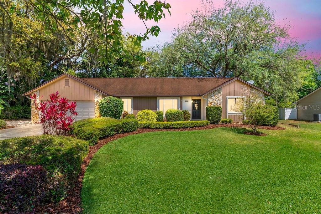 8601 Amber Oak Drive Property Photo