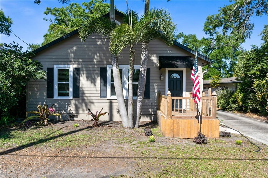 2106 S Fern Creek Avenue Property Photo