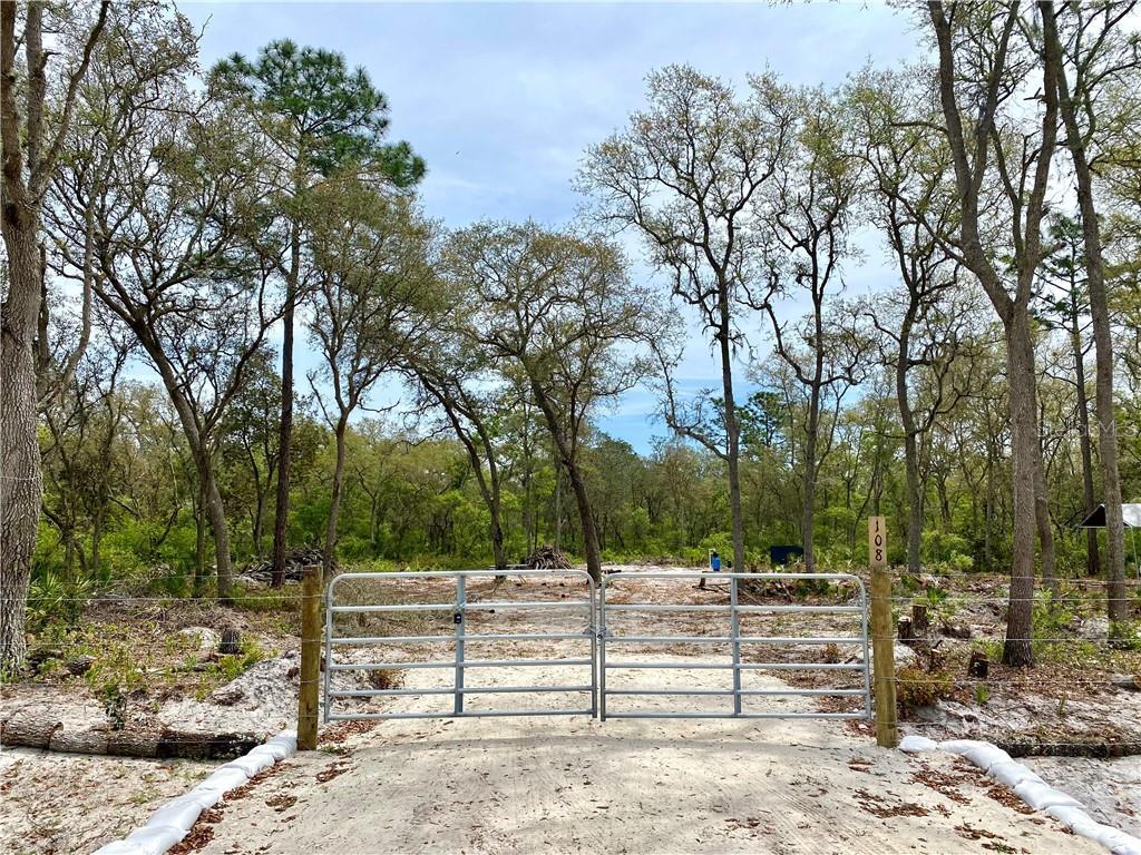 108 S PARK AVENUE Property Photo - PALATKA, FL real estate listing