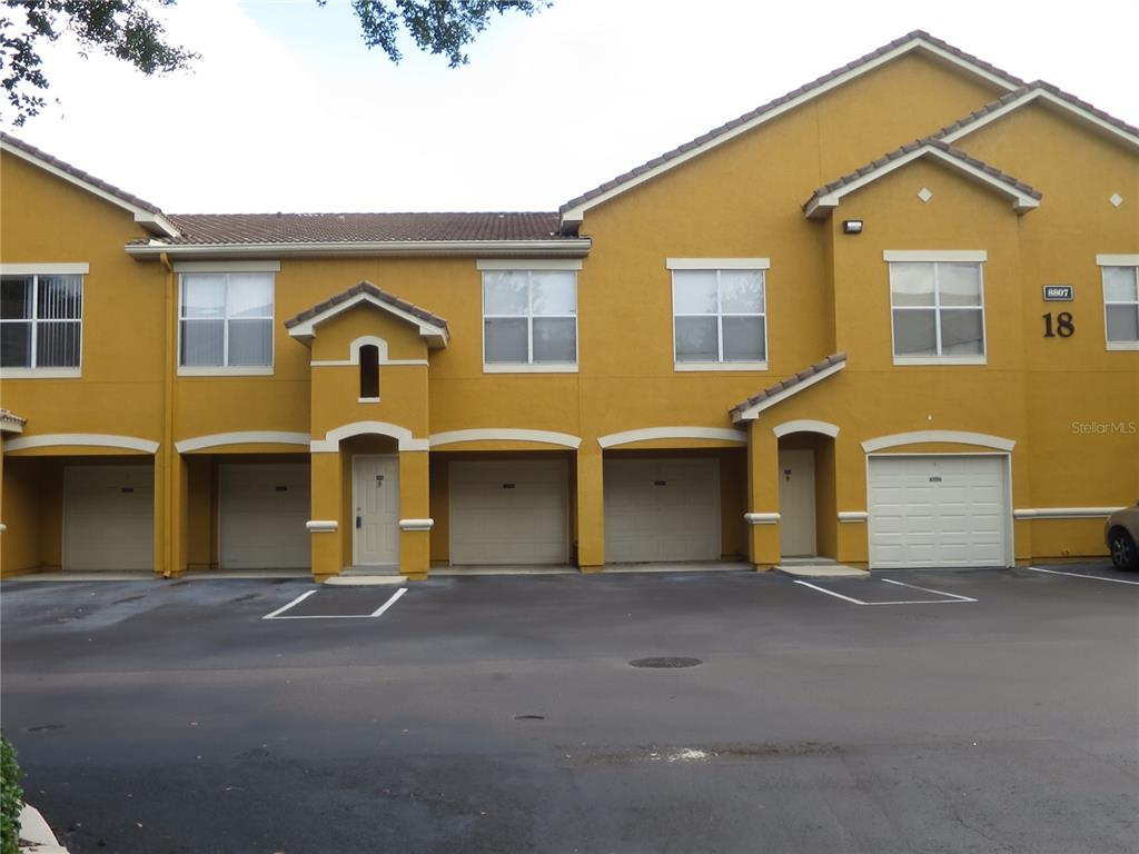 8807 Villa View Circle #206 Property Photo
