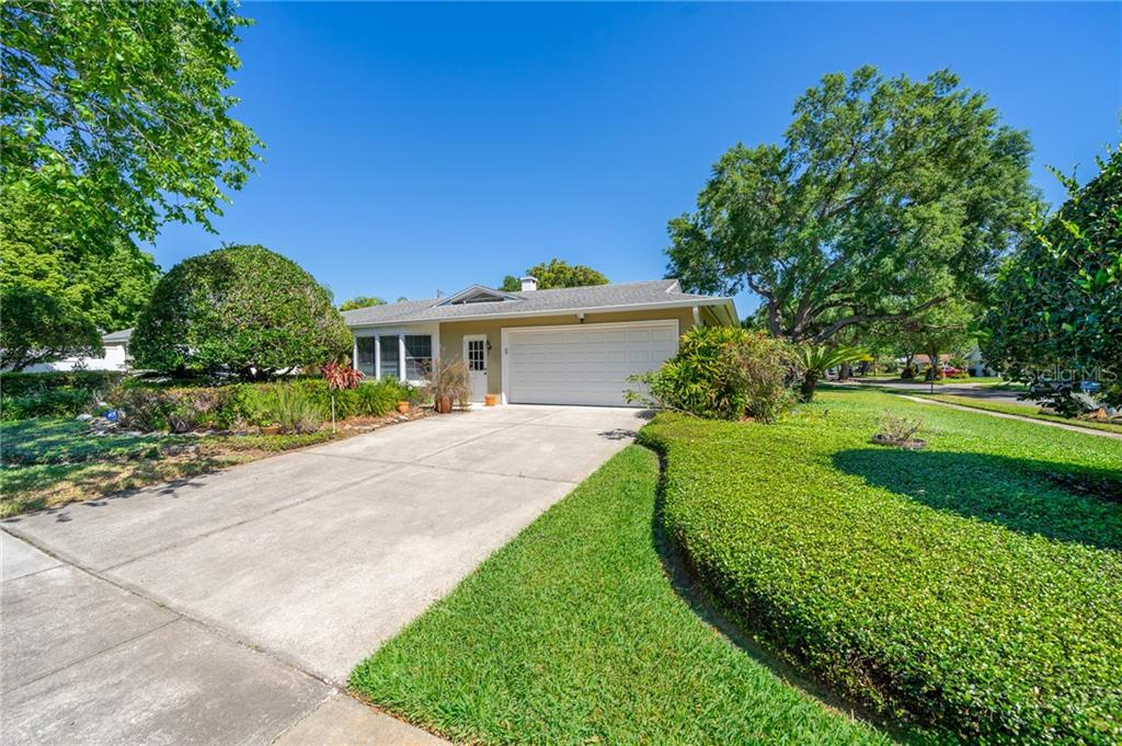 741 SAINT DUNSTAN WAY Property Photo - WINTER PARK, FL real estate listing