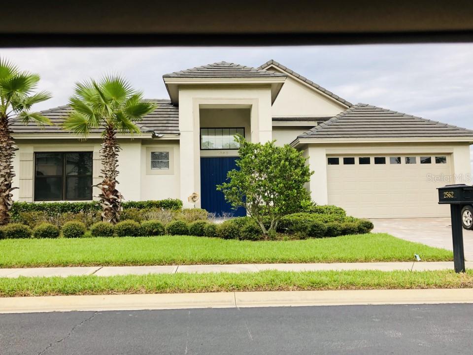 2562 Heritage Green Avenue Property Photo 1