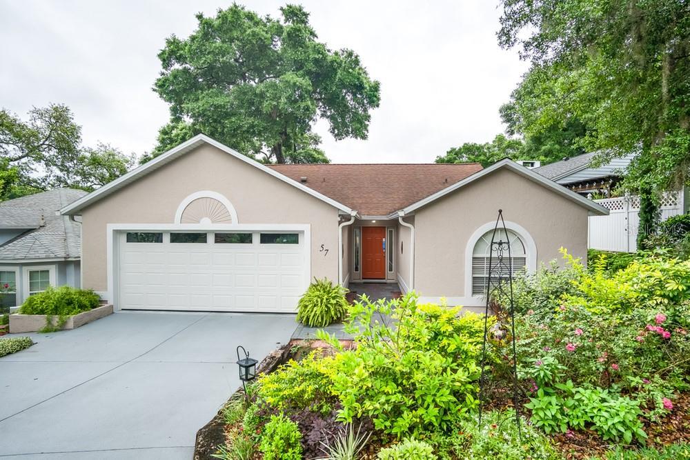 57 TOWNHILL DRIVE Property Photo - EUSTIS, FL real estate listing