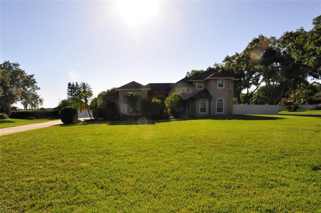 2628 CRESCENT LAKE COURT Property Photo - WINDERMERE, FL real estate listing
