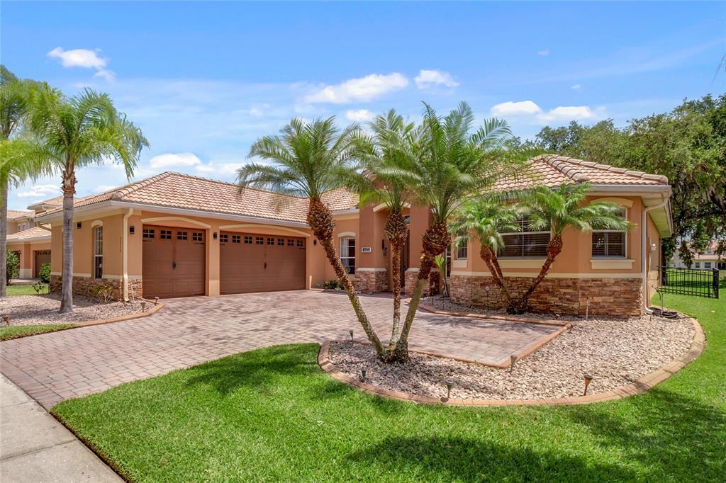 3735 EAGLE ISLE CIRCLE Property Photo - KISSIMMEE, FL real estate listing