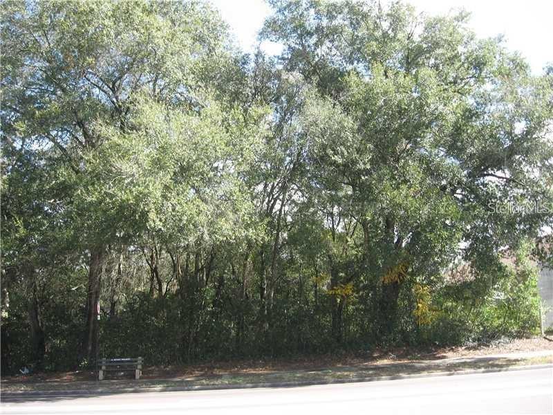 N Pine Hills Road Property Photo