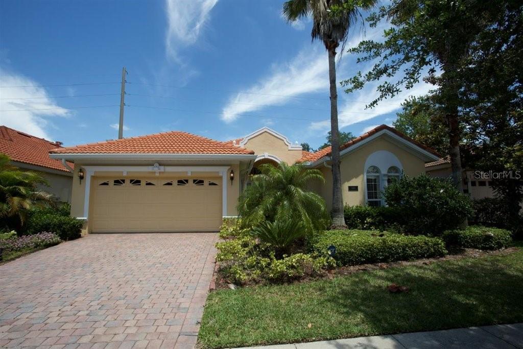 1053 LASCALA DRIVE Property Photo - WINDERMERE, FL real estate listing