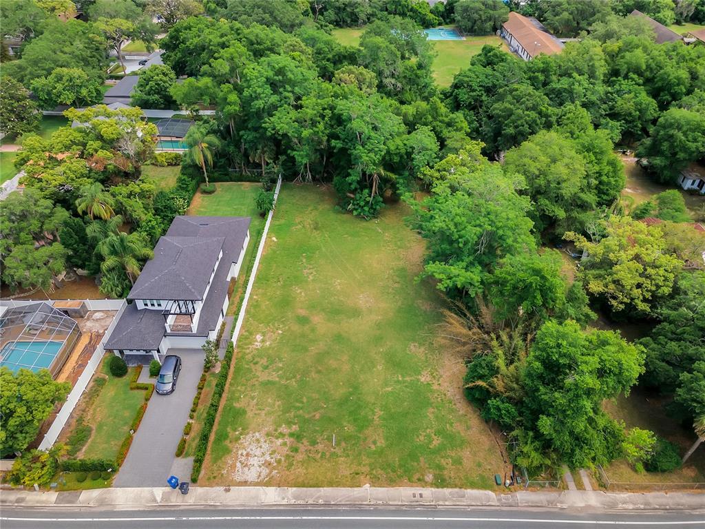 810 N Lakemont Avenue Property Photo