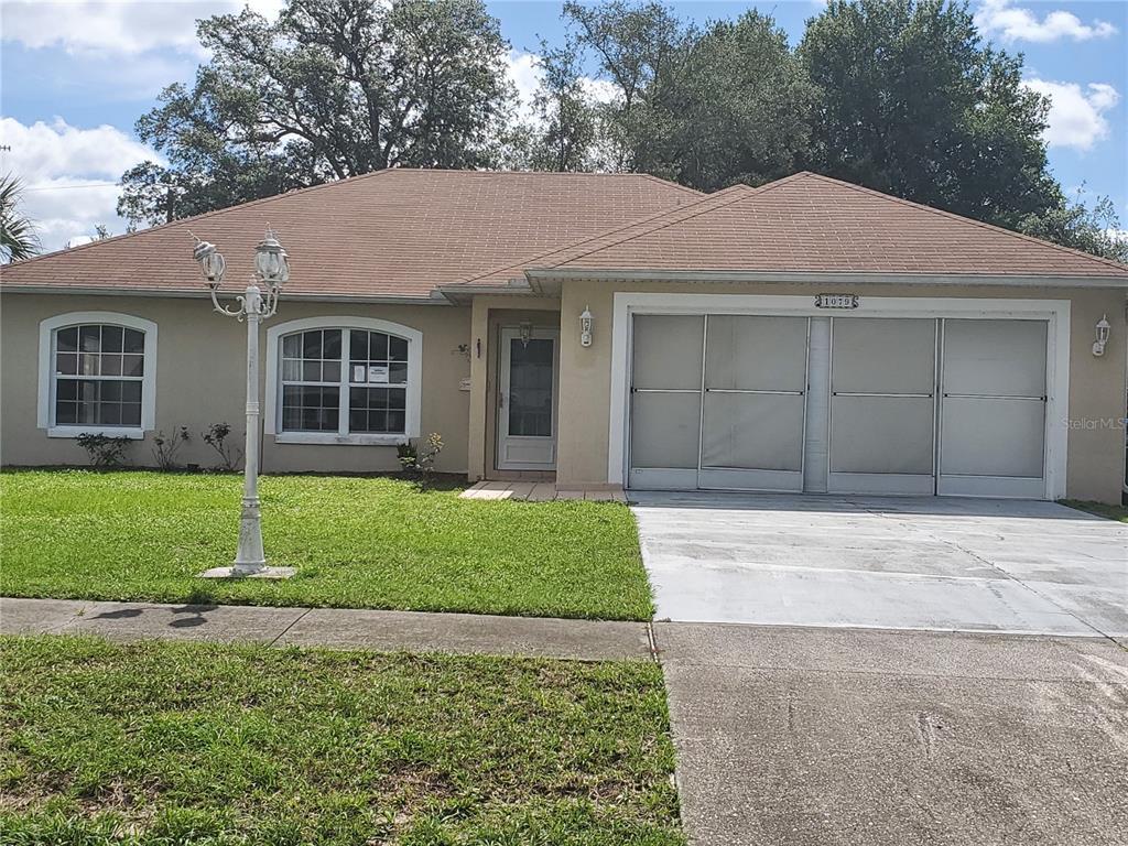 1079 W Embassy Drive Property Photo