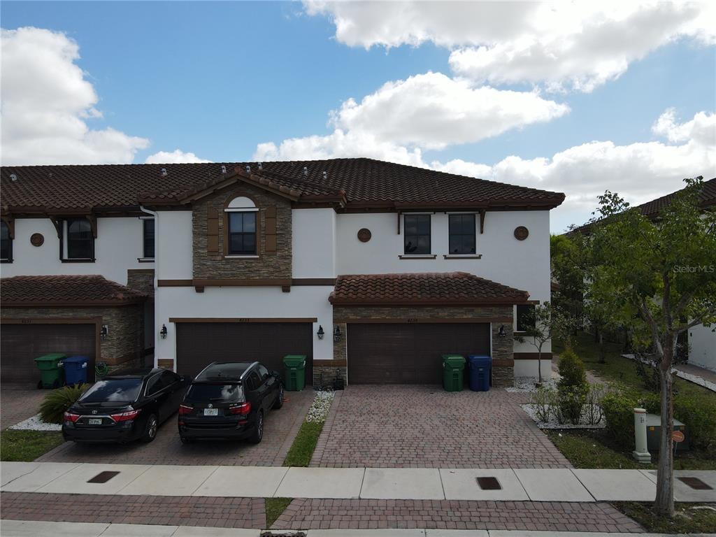 33185 Real Estate Listings Main Image