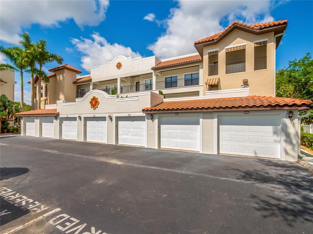 7824 Holiday Isle Drive #301 Property Photo 1