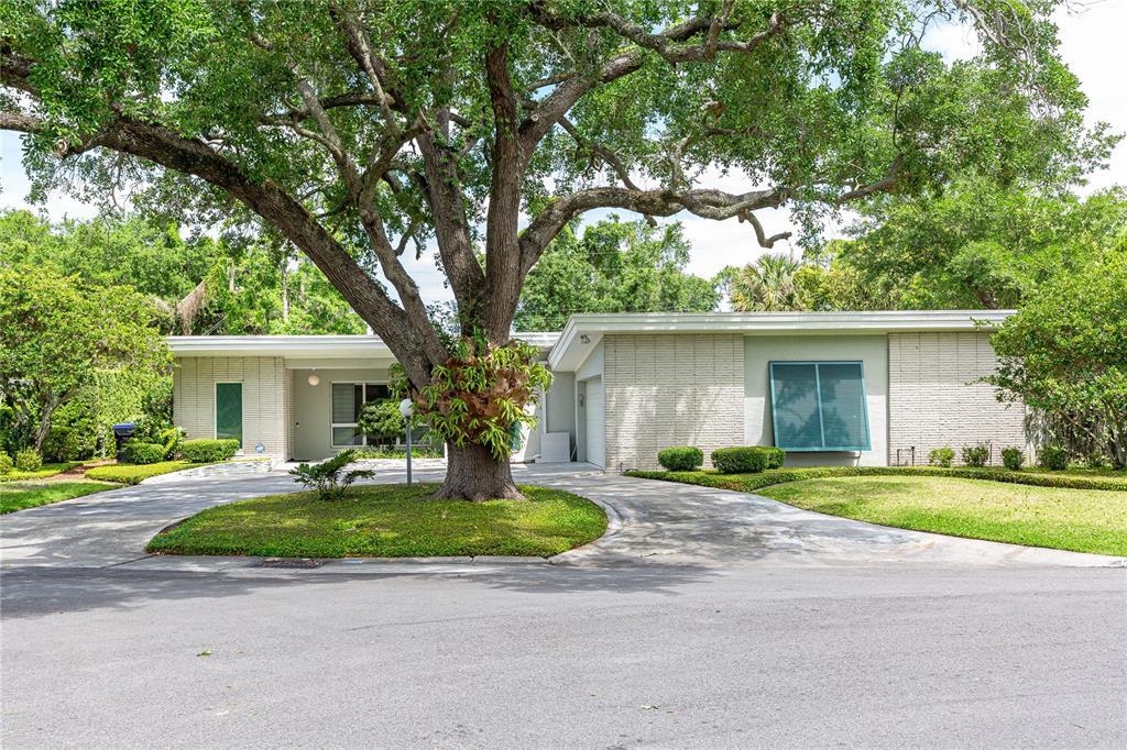 338 BLUE HERON DRIVE Property Photo - WINTER PARK, FL real estate listing