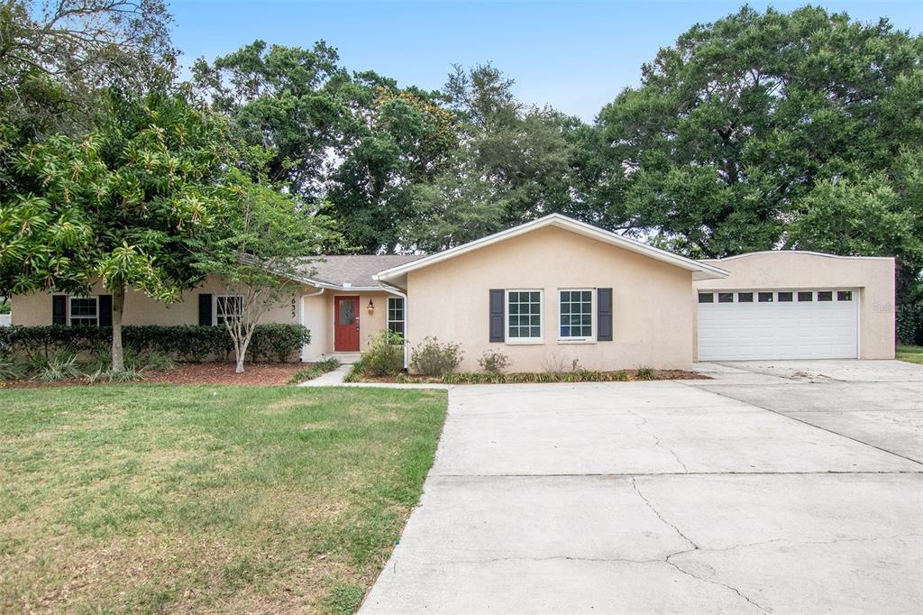 4635 Mount View Drive Property Photo