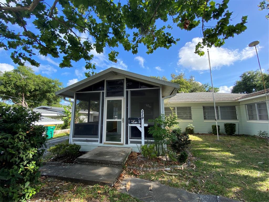 219 E 11th Avenue Property Photo