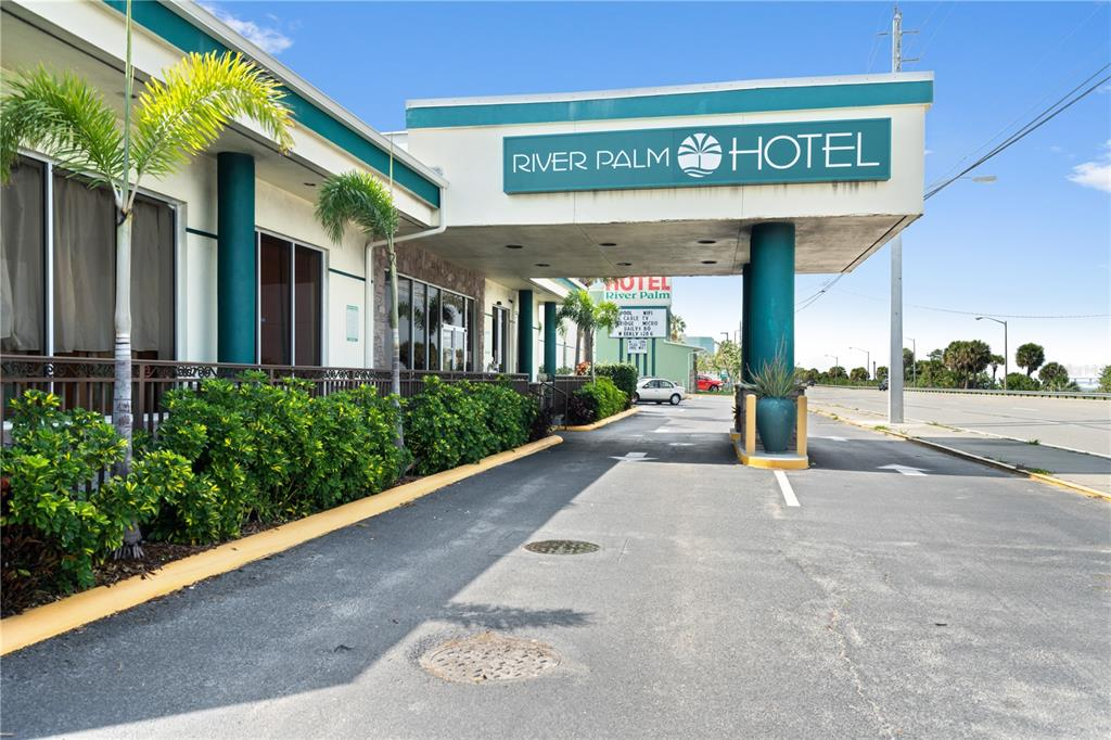420 S Harbor City Boulevard #hotel Property Photo