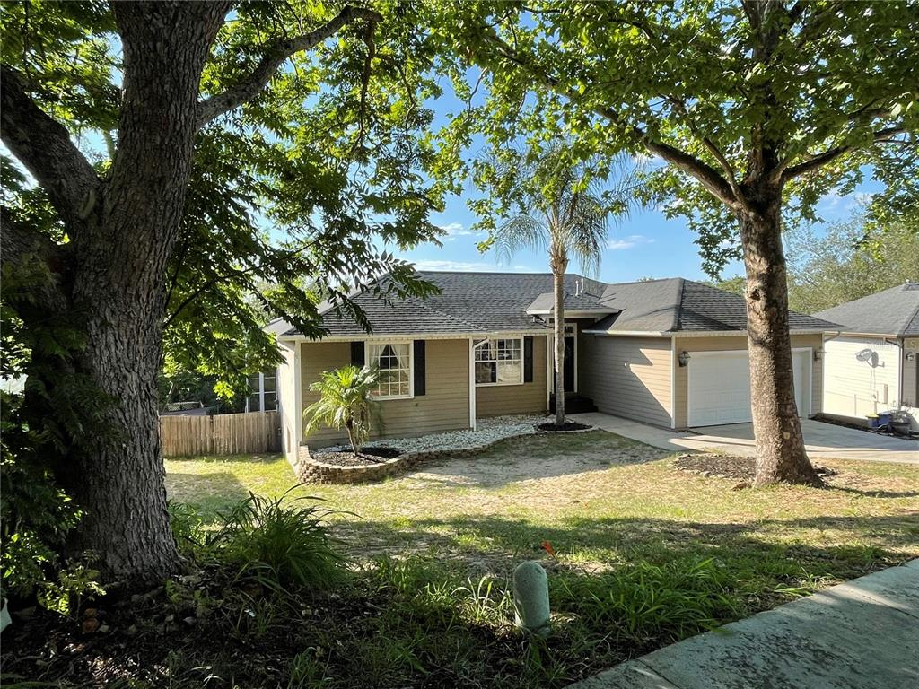 820 Forestwood Drive Property Photo