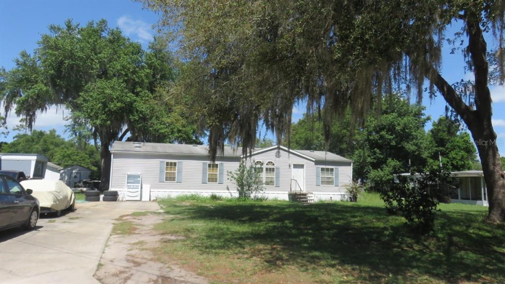 27307 Walnut Avenue Property Photo