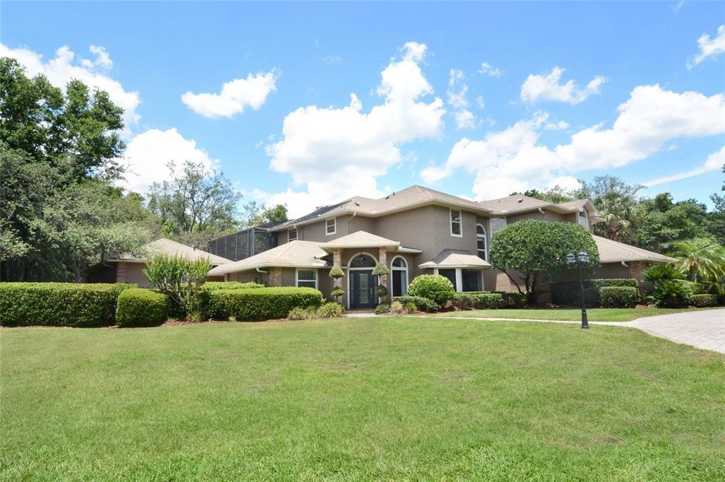 744 Bear Creek Cir Property Photo