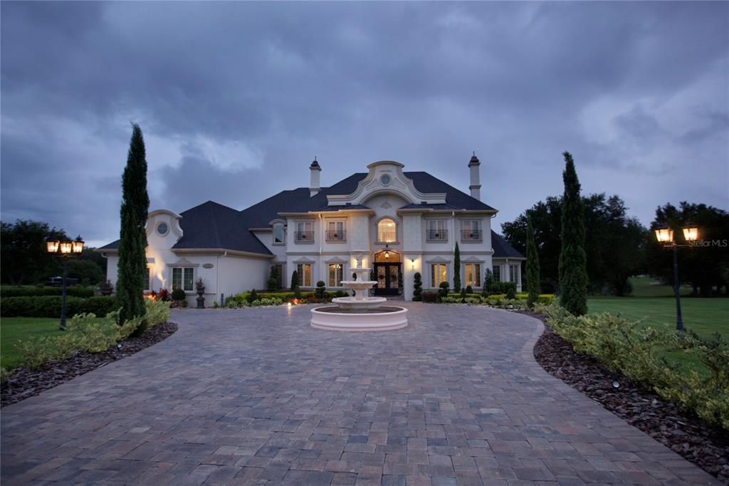 10301 Savannah Ridge Lane Property Photo 1