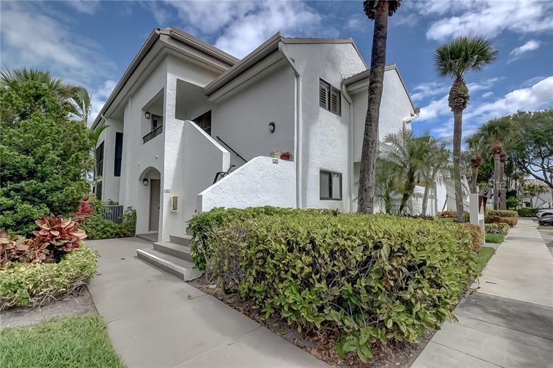 7473 Glendevon Lane #405 Property Photo