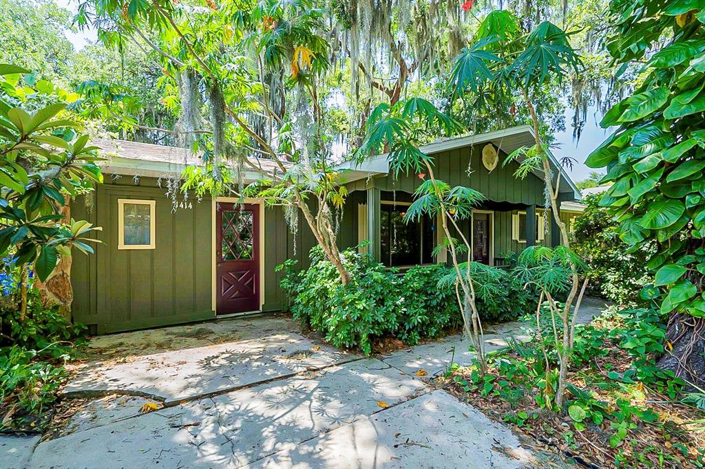 1414 Pine Tree Drive Property Photo